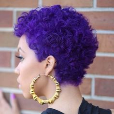 15 Purple Hair 'Dos That Will Have You Running to the Salon Pelo Natural, Natural Hair Care, Natural Hair Styles, Purple Natural Hair, Natural Beauty, Afro Hairstyles, Black Women Hairstyles, American Hairstyles, Hairstyles 2018