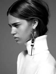 Black & White Photography Inspiration : Pics Celine & Louis Vuitton via Pimterest and CR fashion book TheyAllHateUs Ear Earrings, Statement Earrings, Cartilage Earrings, Dainty Necklace, Simple Necklace, Gemstone Necklace, Beaded Necklace, Jewelry Photography, Fashion Photography