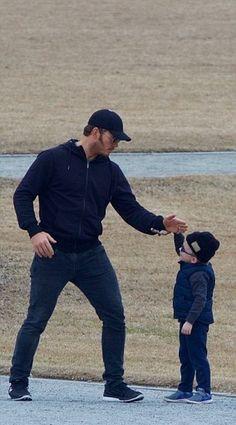 Chris Pratt with his son Jack in Atlanta on tuesday - February 7, 2017