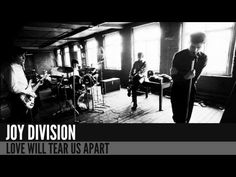 Joy Division were an English rock band formed in Salford in The group consisted of vocalist Ian Curtis, guitarist/keyboardist Bernard Sumner, bassist P. Ian Curtis, Joy Division, Pop Rock Internacional, Franck Sinatra, Movies And Series, 80s Music, Music Icon, Rock Music, Iconic Photos