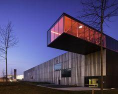 Enjoy Concrete Factory Building, Belgium 2012. Architect: Architektuurburo Govaert & Vanhoutte, prefabrication: Enjoy Concrete. Photo: Isabelle Maignan.