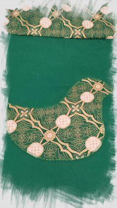 Christmas Bird Naïve Applique Machine Embroidery Design by AnnesEmbroidery