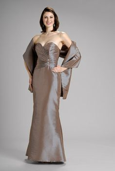 2015 Sweetheart Shawl Ruched Sleeveless Satin Floor Length Mother of the Bride…