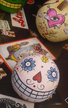 Sugar type skulls with tutorial