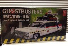 AMT R2  SEALED GHOSTBUSTERS 1960 Cadillac Ghostwagon  Model Kit 1:25 Scale 2012  #AMTROUND2