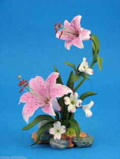Lenox Rubrum Lily Nylon Flowers, Clay Flowers, Sugar Flowers, Fake Flowers, Fabric Flowers, Beautiful Flowers, Flower Centerpieces, Flower Vases, Flower Crafts