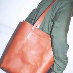 Tote on the go