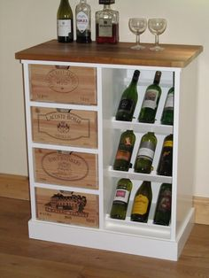 Wine rack with authentic French wine boxes as drawer by BoisRustique on Etsy… Furniture Projects, Diy Furniture, Diy Projects, Canto Bar, Wine Decor, French Wine, Vintage Wine, Wine Cabinets, Wine Storage