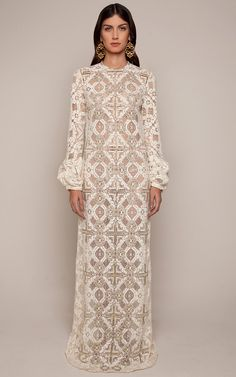 Johanna Ortiz Resort 2016 - Preorder now on Moda Operandi : cream lace dress Modest Fashion, Hijab Fashion, Fashion Dresses, Fashion Hair, 80s Fashion, Dress Skirt, Lace Dress, Dress Up, Hijab Stile