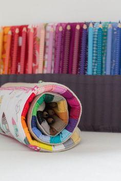 Lila-Lotta Advent Calendar 2014 - Door No. 20 ~ Purple-Lotta Pencil Case in the . - DIY with fabric - Handarbeit Sewing Hacks, Sewing Tutorials, Sewing Crafts, Sewing Projects For Kids, Sewing For Kids, Baby Crafts, Diy Crafts For Kids, Diy Handmade Toys, Scrappy Quilts