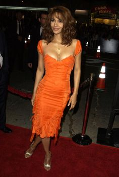 Check out Halle Berry's sexy, sophisticated style.