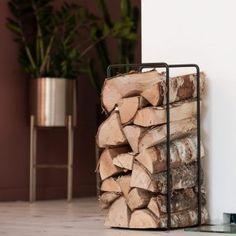 Kjøp Mixrack - Svart fra Showroom Finland hos Nordiske Hjem Living Room Inspiration, Finland, Firewood, Showroom, Texture, Interior Design, Crafts, Surface Finish, Nest Design