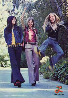 """1972 Levi's ad. """"Levi's for Gals"""" brand featuring a girl that is really enthusiastic about her bell bottoms. Decade of Denim, the Seventies Fashion, 60s And 70s Fashion, Retro Fashion, Vintage Fashion, Hippie Fashion, Fashion Black, Fashion Fashion, Fashion Ideas, 70s Outfits"""