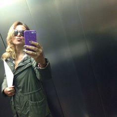 #BarbaraDUrso Barbara D'Urso: In ascensore a Mediaset prima della riunione di scaletta... ❤️ #pomeriggio5 #domenicalive #Colmar #selfie #instagood #instacool #pictoftheday #mediaset #cologno