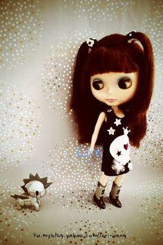 Blythe Doll (I want to dress my dog like that one..heehee)