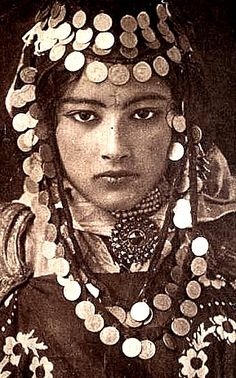 Algeria Postcard - Ouled-Naïl Woman c 1920s | Flickr - Photo Sharing!