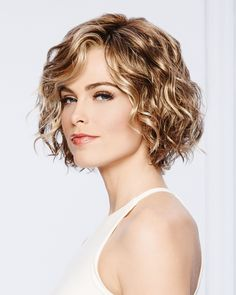 Thoroughly modern, remarkably natural looking. Unstructured air-dried waves and . Thoroughly modern, remarkably natural looking. Unstructured air-dried waves and . Short Curly Haircuts, Curly Hair Cuts, Curly Bob Hairstyles, Short Hair Cuts, Curly Hair Styles, Permed Hairstyle, Curly Short, Wedding Hairstyles, Thin Wavy Hair