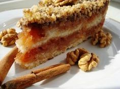 Prajitura cu Mere (de Post) - Foarte rapid, simplu, si... gustos! Helathy Food, Good Food, Yummy Food, Romanian Food, Pastry Cake, Vegan Cake, No Bake Cake, Vegan Recipes, Food And Drink