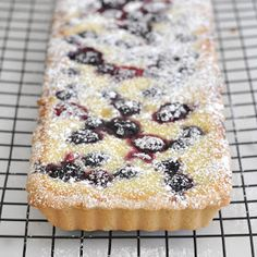 Cooking with Manuela: Ricotta and Berry Tart- no resting and rolling Italian Desserts, Just Desserts, Delicious Desserts, Italian Foods, Italian Cookies, Italian Recipes, Tart Recipes, Baking Recipes, Sweet Recipes
