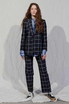 The complete Hope Stockholm Fall 2018 fashion show now on Vogue Runway. Stockholm Fashion Week, Swedish Fashion, Autumn Fashion 2018, Stage Outfits, Nice Outfits, Couture, Trends 2018, Fashion Show Collection, Fall 2018