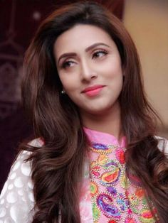 Bangladeshi actress Bidya Sinha Mim best picture and wallpaper gallery. Best hd image of actress Bidya Sinha Mim. Tv Actress Images, Hollywood Actress Photos, Hollywood Heroines, Beauty Full Girl, Beauty Women, Beautiful Saree, Beautiful Women, Beautiful Bollywood Actress, Girls Dpz