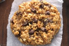 Clean-Eating Almond Joy Oatmeal Cookies -- these skinny cookies don't taste healthy at all! You'll never need another oatmeal cookie recipe again! Use gf flour. Healthy Baking, Healthy Desserts, Just Desserts, Delicious Desserts, Dessert Recipes, Yummy Food, Delicious Cookies, Diabetic Desserts, Healthy Breakfasts