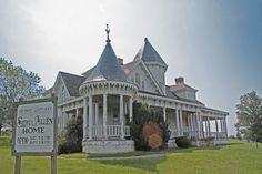 SIDNA ALLEN HOUSE, Fancy Gap, VA. Sep 2012. (Pinner - regarding a Massacre!