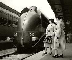 Locomotive aérodynamique à la gare de Lyon. Paris, 1937 photo by Boris Lipnitzki