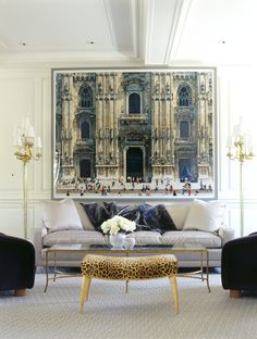 Marcus Design Blog.  Love the oversized photo.