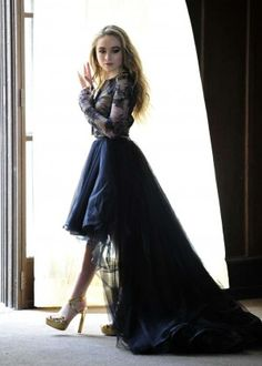 vestido de sabrina carpenter eyes wide open | Sabrina Carpenter – Shoots Her New Music Video 'Eyes Wide Open ...