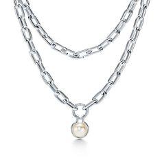 Pearl Pendant Necklace, Pearl Jewelry, Pearl Ring, Chain Jewelry, Jewellery, Tahitian Black Pearls, Freshwater Pearl Bracelet, International Jewelry, Tiffany Jewelry