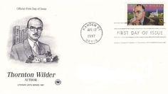 """Insbesondere als dreimaliger Gewinner des """"Pulitzer-Preises"""" – als einziger amerikanischer Autor übrigens sowohl mit Prosa als auch dramatischen Arbeiten – sowie unter anderem als Träger der """"Presidential Medal Of Honour"""" ist Thornton Wilder einer der renommiertesten amerikanischen Schriftsteller des 20.…"""