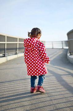 ZiZi-oblecenie / Softshellový kabátik červený s bielymi bodkami