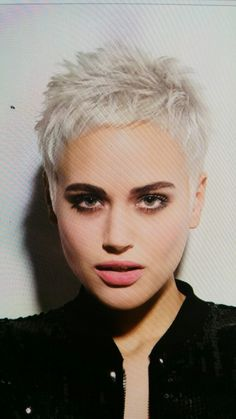- - The Effective Pictures We Offer You About super short grey hair A quality pictu Short Spiky Hairstyles, Short Pixie Haircuts, Cool Hairstyles, Summer Hairstyles, Short Hair Syles, Short Grey Hair, Super Short Hair Cuts, Pelo Color Gris, Haircut And Color