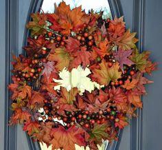 Decorazioni d'autunno per la casa - Ghirlanda di foglie secche