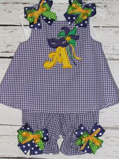 Girls Mardi Gras A-line Dress Bloomer Set Applique Monogram Mask Simple Dresses, Summer Dresses, Mardi Gras Outfits, Birthday Party Outfits, Applique Monogram, Gingham Check, Sewing For Beginners, Kids Outfits, Carnival Dress