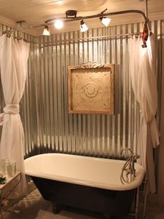 Claw Foot Tub farmhouse bathroom with tin walls. Ideas Baños, Cool Ideas, Decor Ideas, Casas Containers, Rustic Bathrooms, Industrial Bathroom, Small Bathrooms, Industrial Design, My New Room