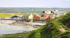 Ireland's top seaside spots, villages and beaches not to miss Best Beaches In Ireland, Best Of Ireland, Moving To Ireland, Ireland Beach, Ireland Travel, Beaches In The World, Us Beaches, Emerald Isle Ireland, Vacation Village