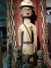Afrikaanse colon-Yoruba, te koop bij briekantiek.nl