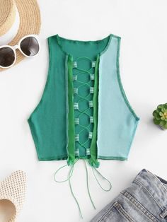 Sexy Shirts, Black Tank Tops, Crop Tops, Contemporary Fashion, Knitting Designs, Green And Grey, Trendy Fashion, Lace Up, Clothes For Women