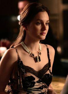 Blair Waldorf Gossip Girl Blair, Gossip Girls, Blair Waldorf Outfits, Blair  Waldorf Stil