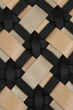 Woven leather in black and beige
