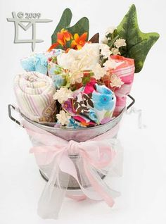 Creative baby shower gift: bouquets of baby clothes