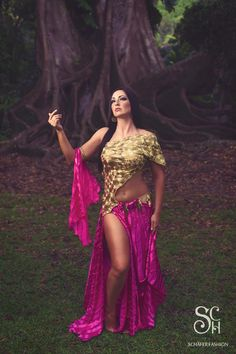 "Golden Warrior - premium extra ""Rainforest"" collection  #fashion #art #fashiondesigner #bellydance #stage #costume #costumedesigner #highfashion #personaldesigner"