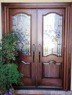love these - double front doors and transom w/ 2 sidelights Double Front Doors, Wood Front Doors, Wooden Doors, Door Entryway, Entrance Doors, Doorway, Front Door Design, Front Door Decor, House Doors