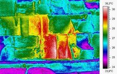 Ved solopgang og solnedgang ændrer stenene på Keopspyramidens østlige side normalt temperatur med mellem 0,1 og 0,5 graders celcius. Men ved et mystisk område er temperaturændringen på hele seks graders celcius. (Illustration: HIP Institute / Phillipe Bourseiller)