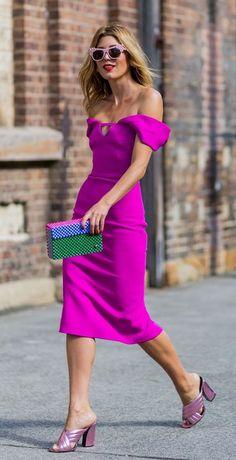 Tanja Gacic wearing a pink dress at Australia Fashion Week Best Street Style, Street Style Summer, Cool Street Fashion, Street Chic, Street Styles, Fashion Mode, Look Fashion, Womens Fashion, Fashion Trends