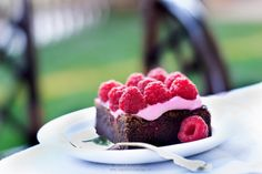 Can't boil an egg: Raspberry brownies Raspberry Brownies, Boiled Eggs, Canning, Fruit, Recipes, Food, Deviled Eggs, Boiled Egg, Essen