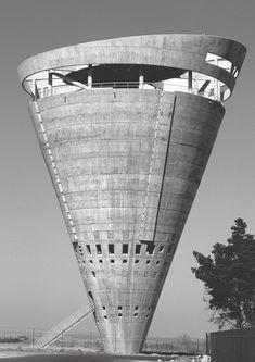 """frenchcurious: """"Château d'eau Grand Central à Johannesburg, concu par GAPP Architects & Urban Designers en 1996. """""""