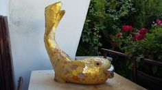 "Scalpture ""Golden Fish"""